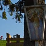Tabără etnografică a studenţilor ortodocşi din Cluj-Napoca în satul Ciosa din Munţii Bârgăului