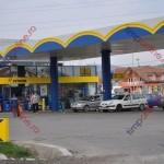 Şoferii au luat cu asalt benzinăriile. Din 1 aprilie, carburantul va fi mai scump cu 40 de bani pe litru