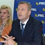 Dolha: Moldovan, Țintean şi Bob au vrut să radă de pe hartă filiala PNL. Telenovele în PSD